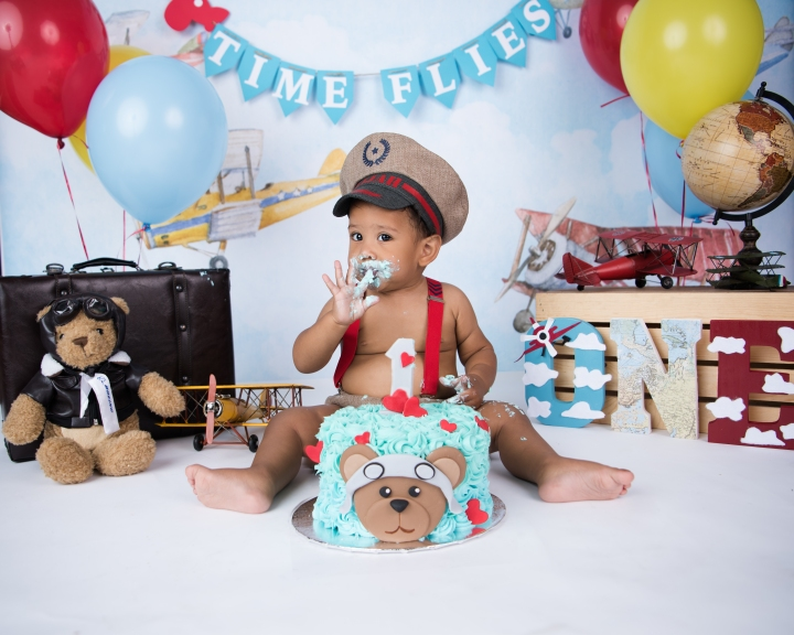 ELIJAH TURNS 1!|AVIATION THEME CAKE SMASH