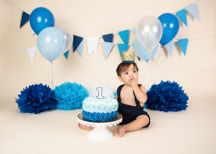 ANDRES CUMPLE 1! | BLUE CAKE SMASH